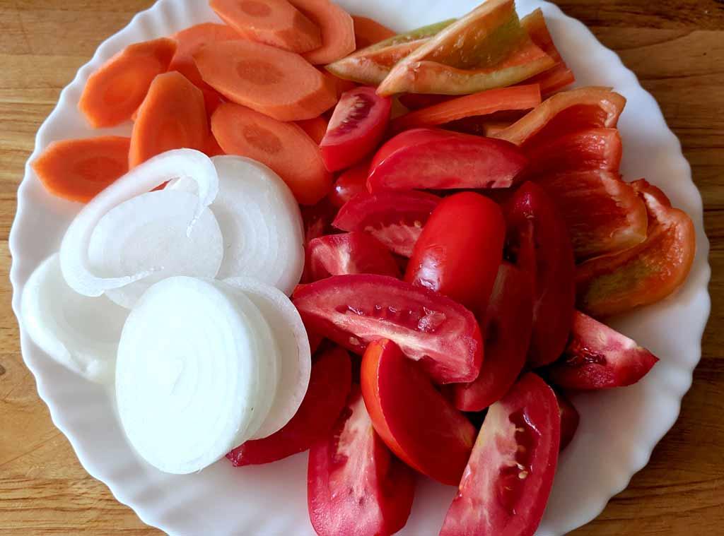 Синенькие с овощами -рецепт