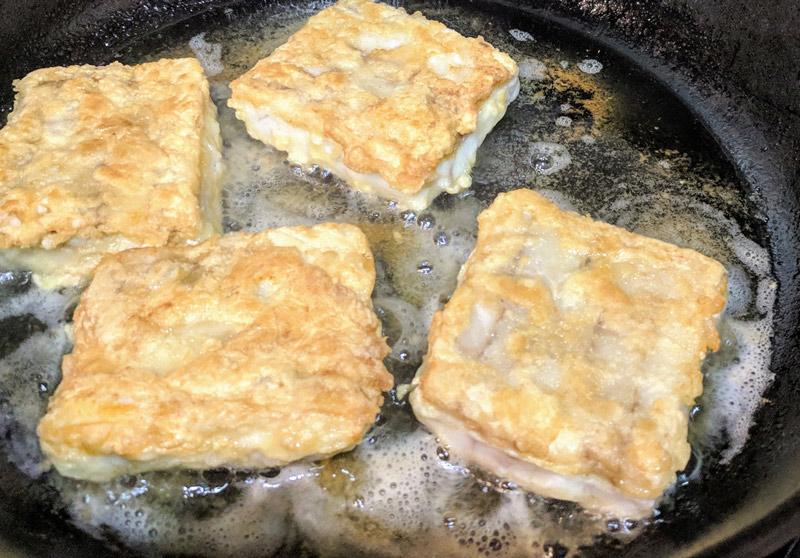 Птитим в сливочном соусе с рыбой