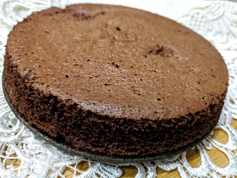 Шоколадный торт без муки и масла